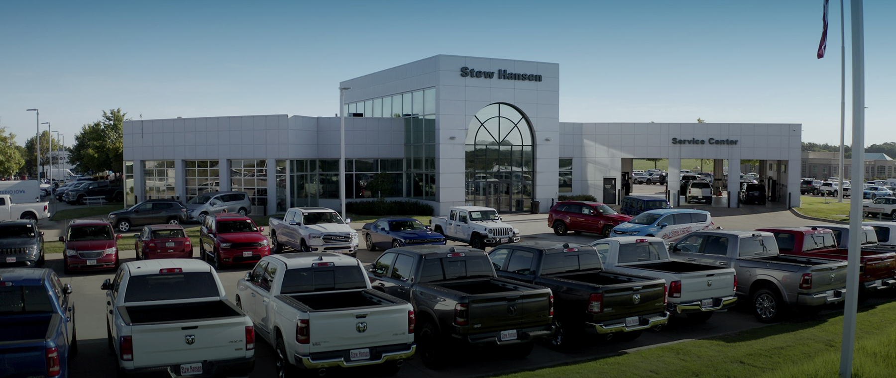 Stew Hansen Cdjr Chrysler Dodge Jeep Ram Dealer In